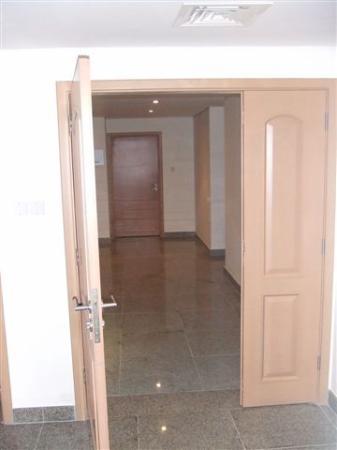 Arabian Park Hotel: corridors