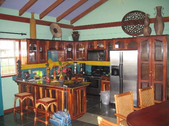 Chabil Mar: The kitchen in our villa