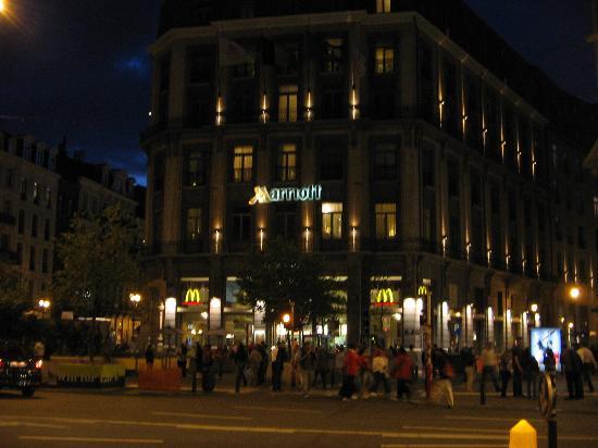 hotel marriott bruselas: