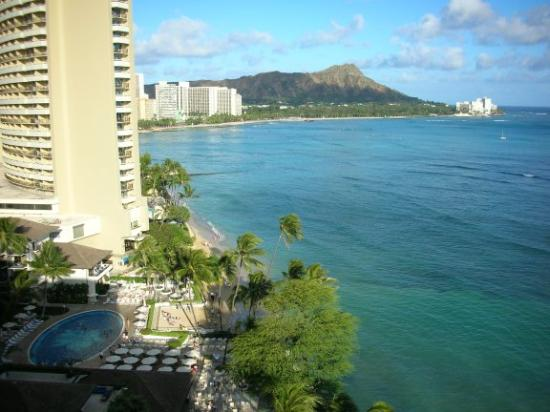 Halekulani Hotel View From Diamond Head Suite 1655 The Room Featured On Great Hotels