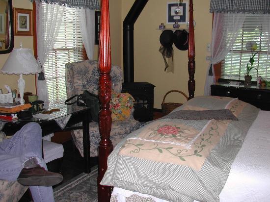 Dunbar House 1880 Bed and Breakfast Inn: Room