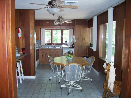 Murray, KY: kitchen