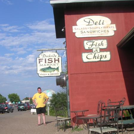 Dockside fish market grand marais what to know before for Fish market hours