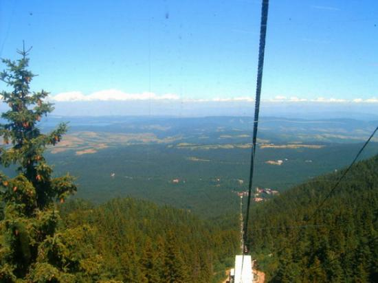 Samokov Hotel: view from the gondola lift