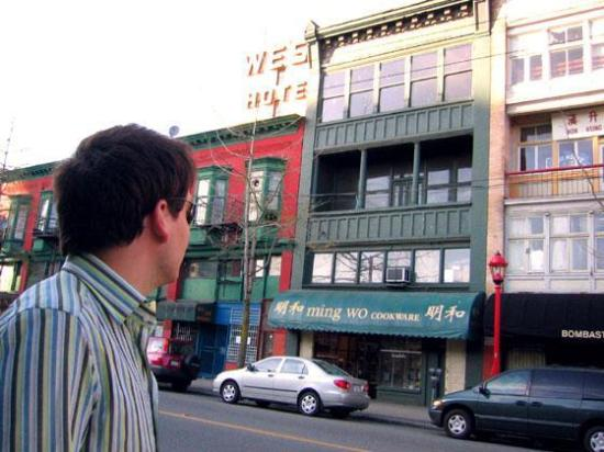 Ming Wo - a fabulous Chinatown kitchen shop - Picture of Vancouver ...