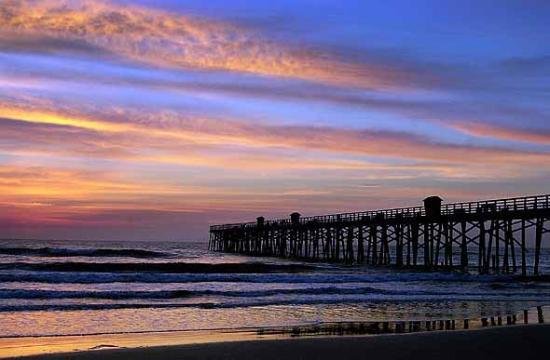 Παραλία Flagler, Φλόριντα: Sunrises are a sight to really behold at the Flagler Beach Pier