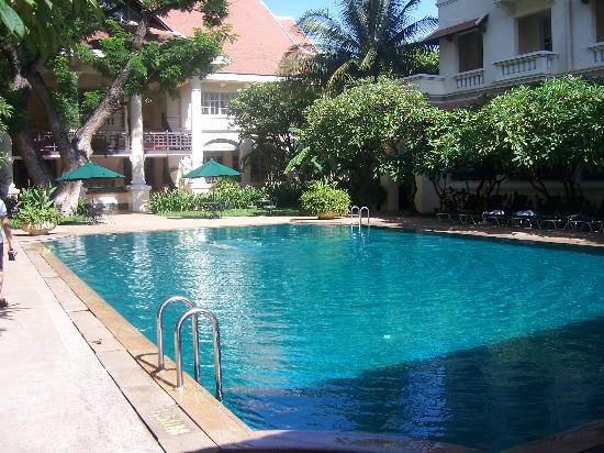 Raffles Hotel Le Royal: Great Pool