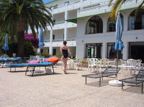 Hotel Bella Colina: hotel grounds