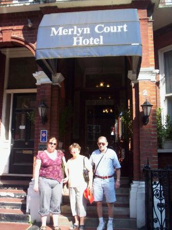 Merlyn Court Hotel: The gang outside the hotel