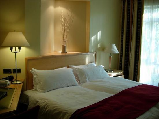 โรงแรมโปรที วันเดอเรอร์ส: comfy beds (but no Kings, just doubles)