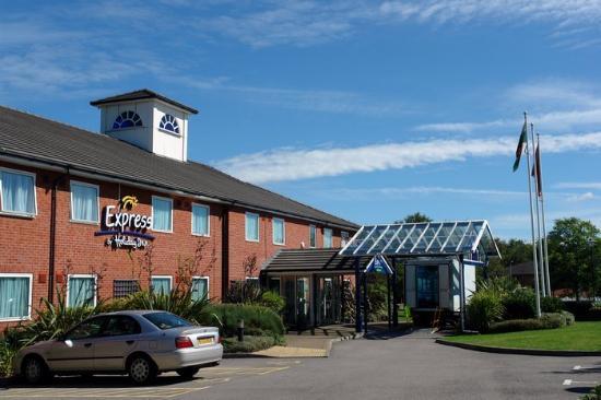 Premier Inn Pontypool Hotel: hotel