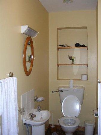 Ballybeg House: The Bathroom