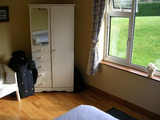 Ballybeg House: Another shot of our room