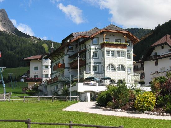 Selva di Val Gardena, Włochy: Hotel Acadia