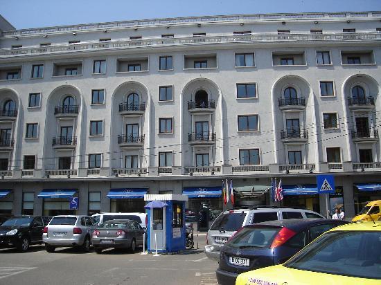 Athenee Palace Hilton Bucharest: Front of hotel