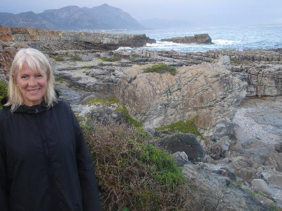 On the Cliff Guest House: sue in front of the hotel