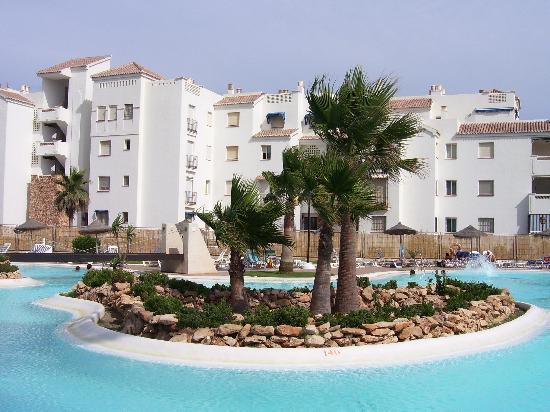 Hotel Almerimar: Vue de la piscine