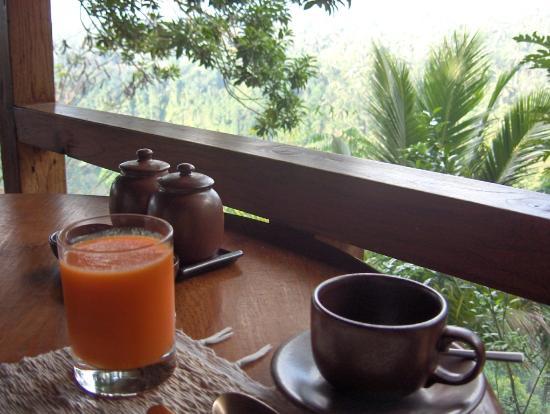 COMO Shambhala Estate: Breakfast at Kudus restaurant (Petit déjeuner au restaurant Kudus)