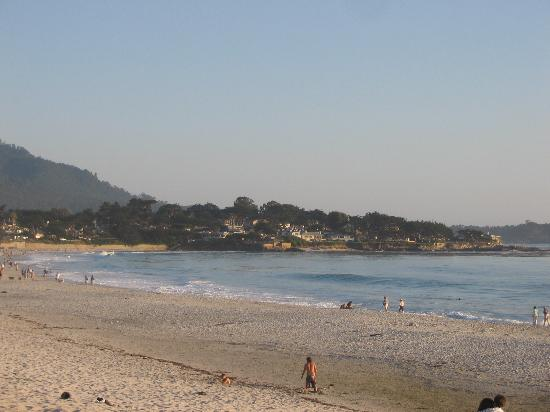 Quality Inn Monterey - Fremont Street: the carmel beach in the evening