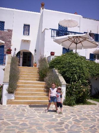 Athina Studios and Apartments: Athina Studios, Plaka, Naxos Island