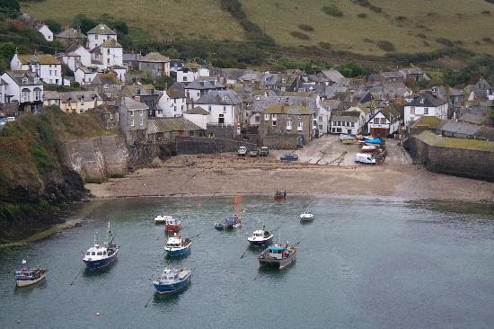 The Bay Hotel: Port Isaac Slipway and Bay