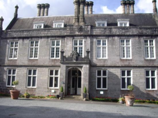 Library Picture Of Kitley House Hotel Yealmpton