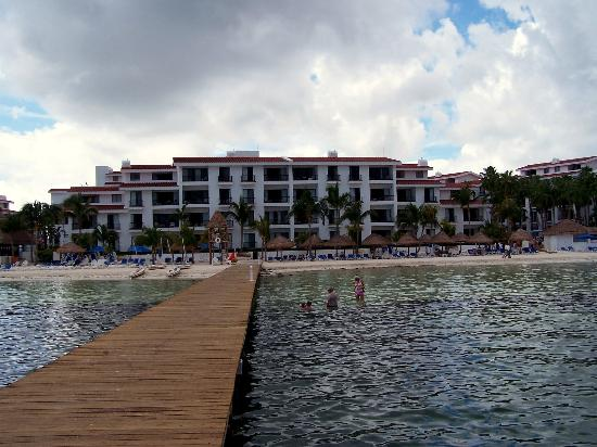 The Royal Cancun All Suites Resort Photo