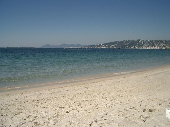 Antibes, France : Juan les Pins Beach