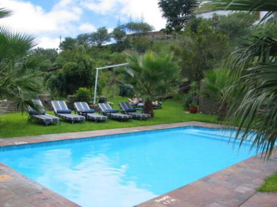 Hotel Heinitzburg: The Pool
