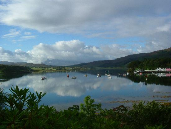 Skye, UK: Portree Bay From Cuillin Hills Hotel