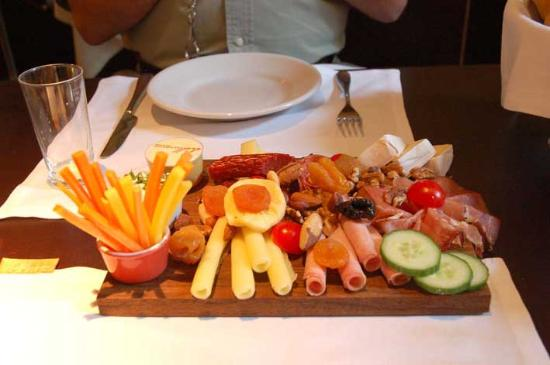 Hollmann Beletage: Breakfast platter 2