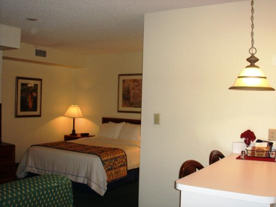 Residence Inn Brownsville : View of studio room from entrance