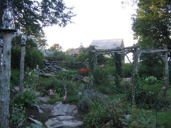Roseledge Country Inn and Farm Shop : Garden