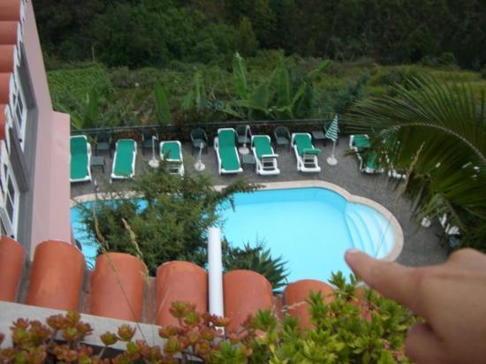 Quinta do Alto de Sao Joao: Blick auf den Pool