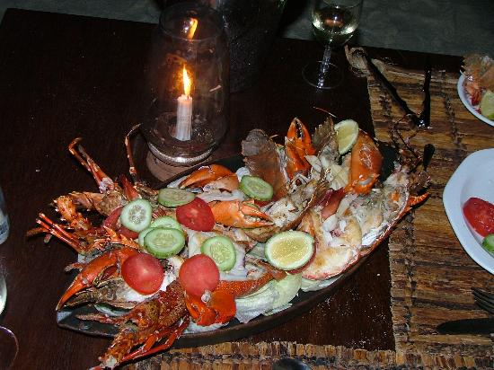 Pongwe Beach Hotel: Fantastic seafood platter!