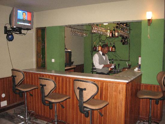 nice bar picture of damu hotel addis ababa tripadvisor. Black Bedroom Furniture Sets. Home Design Ideas