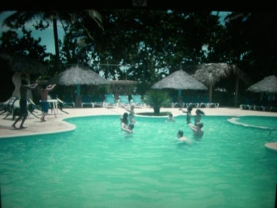Hotel Celuisma Cabarete: Wassergymnastik