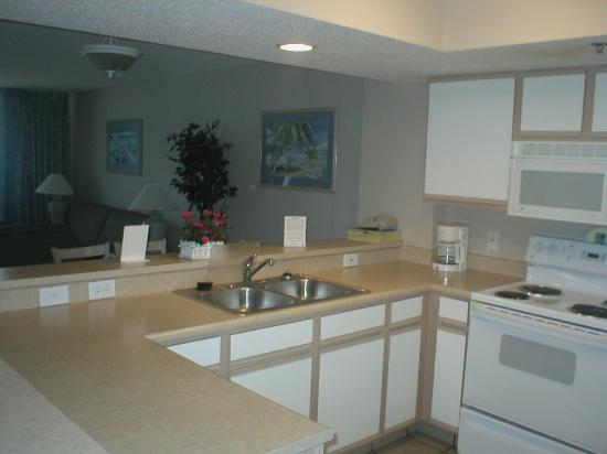 Compass Cove Oceanfront Resort: Kitchen   3 Bedrooms Condo   Mariner