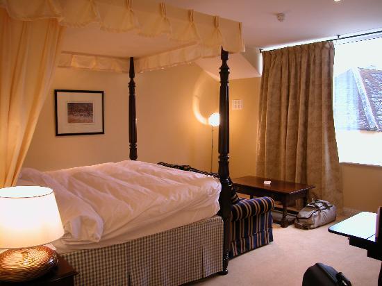 Dunraven Arms Hotel: Hbitación con vistas