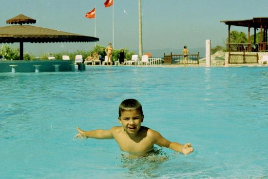 Teos Village: My son Jose in the swiming pool