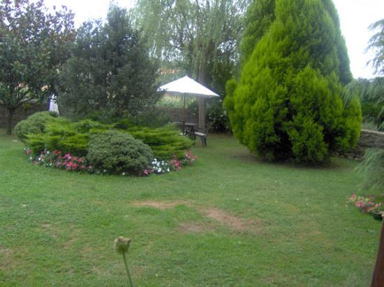 Posada de Peredo y Villa: Jardines