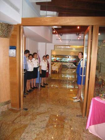 Invisa Hotel La Cala : Restaurant
