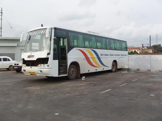 Hotel Sandy Bay : The Kolkata-Digha AC-Bus - made the journey comfortable.