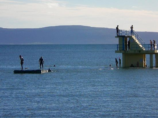 Salthill beaches galway 2019 all you need to know - Cheap hotels in ireland with swimming pool ...
