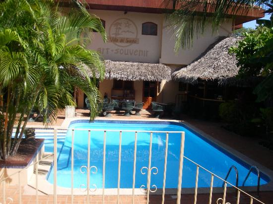 Villa del Sueno: Pool next to hotel where you can eat if you want