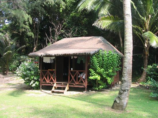 Sea Gypsy Village Resort & Dive Base: One of the aging chalets