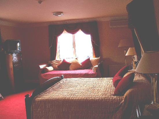 The 19th Lodge: view of our bedroom