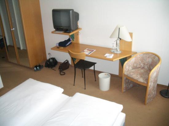Harzer Kultur- & Kongresshotel Wernigerode: Room Interior