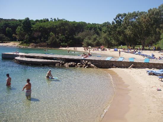 Residence Il Mirto : On site beach