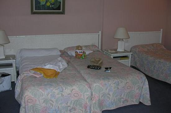 Hotel Moliere : Beds